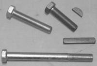 Schrauben und Keile  für Kurbelwelle