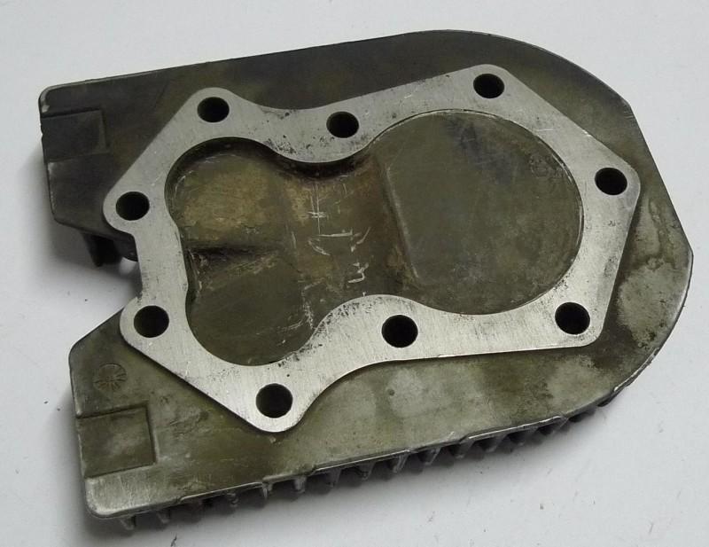 Zylinderkopf JOHN DEERE M83543 od M72342
