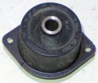 Original JOHN DEERE Isolator AM35264